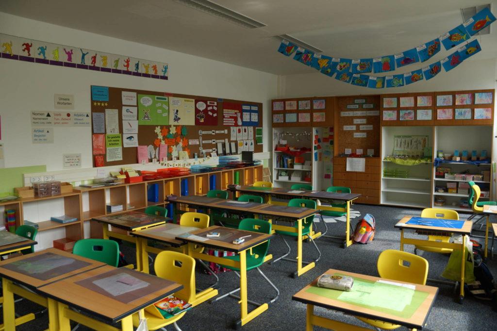 Grundschule_Haus_St_Marien_Neumarkt_-_Klassenzimmer_13